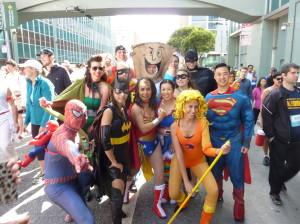 bay_to_breakers_2014_superheroes_walking
